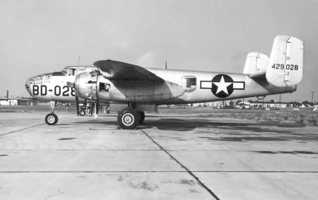 B-25J Mitchell, S/N 44-29028, showing Buzz Number BD-028