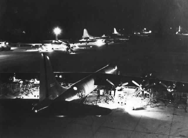 Night maintenance on B-36 Peacemakers at Carswell Air Force Base