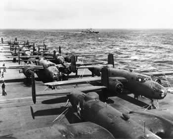 B-25s on the deck of the USS Hornet