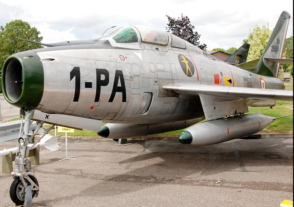 F-84F Thunderstreak 1-PA of the French Air Force, 29094, on display at St Dizier-Robinson, France. Originally built as S/N 52-8927.