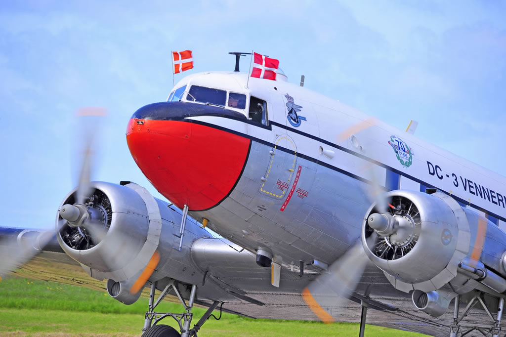 "Nose view of the C-47A-DL delivered in 1944, today marked as ""DC-3 Vennerne"", Registration OY-BPB"