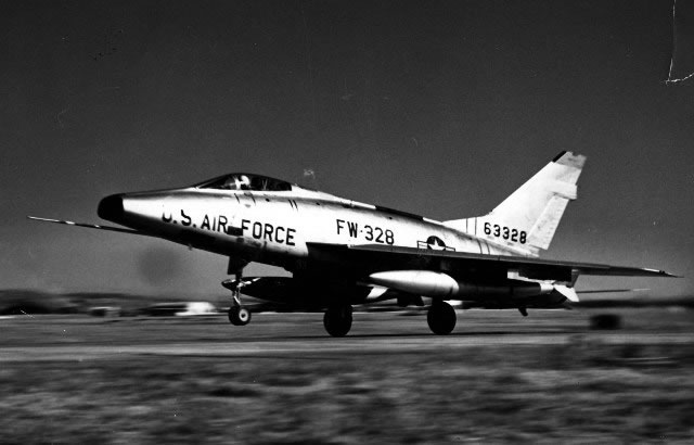 U.S. Air Force F-100 Super Sabre, S/N 63328, Buzz No. FW-328 at takeoff (Photo courtesy of U.S. Air Force)