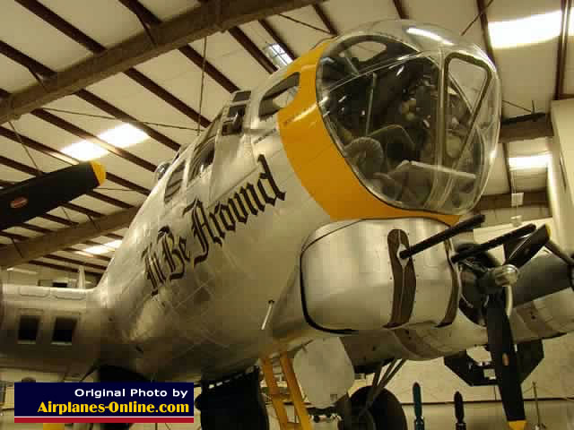 "Boeing B-17G Flying Fortress ""I'll Be Around"""