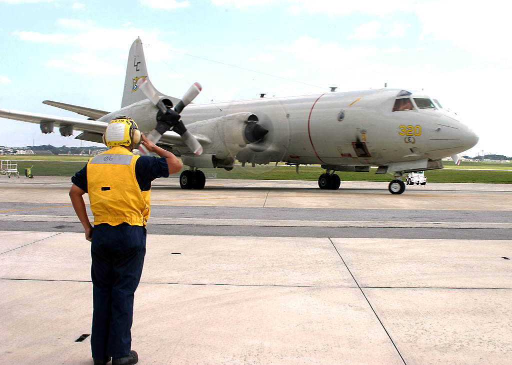 U.S. Navy P-3C Orion 320 preparing for takeoff